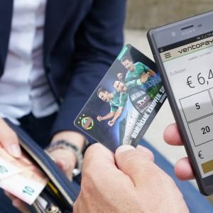 Aufwerten von Guthaben mit der mocca.touch.mobile App.