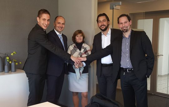 From left to right: Johannes Reichenberger and Josef Langer (ventopay); Edith Wippel, Enrico Baumann and Thomas Conte (ELEKTRON AG)