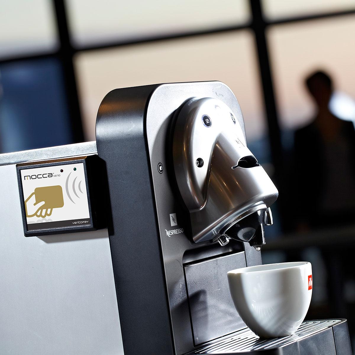 mocca.vend Automatenmodul auf Kaffeemaschine